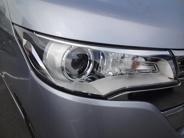 ハイウェイスター Gターボ 4WD フルセグ対応純正SDナビ(11枚目)