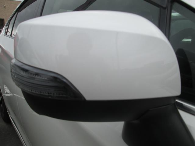 リミテッド 4WD アイサイトVer.3 黒革パワーシート STiフロントアスポイラー パナソニック製フルセグ対応8型SDナビ バックカメラ コーナーセンサー 純正18AW スマートキー(エンジンスタート機能)(10枚目)