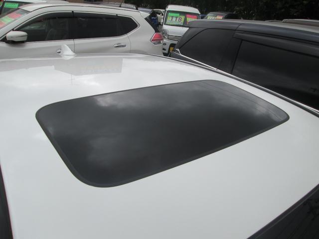 ベースグレード ベースグレード 4WD ホンダセンシング サンルーフ 黒革パワーシート フルセグ対応純正インターナビ KREELプレミアムサウンド 全方位カメラ 純正ドライブレコーダー 純正19AW 夏タイヤ新品(12枚目)