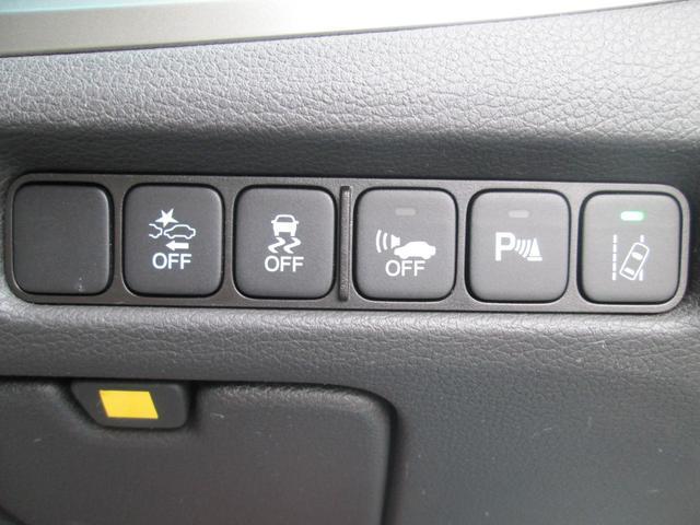 ベースグレード ベースグレード 4WD ホンダセンシング サンルーフ 黒革パワーシート フルセグ対応純正インターナビ KREELプレミアムサウンド 全方位カメラ 純正ドライブレコーダー 純正19AW 夏タイヤ新品(19枚目)