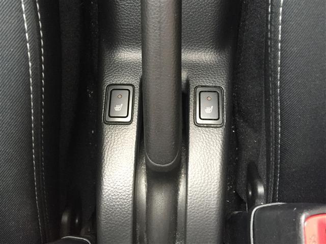 RS ワンオーナー/4WD/ナビTV/バックカメラ/ビルトインETC/クルーズコントール/横滑り防止装置/シートヒーター/ステアリングスイッチ(29枚目)