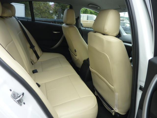 BMW BMW 116i プッシュスタート HID HDDナビ