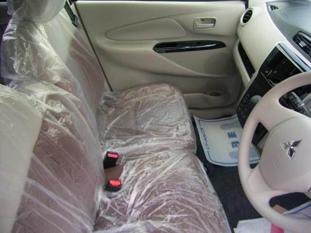 三菱 eKワゴン M 4WD タッチパネルオートエアコン キーレス