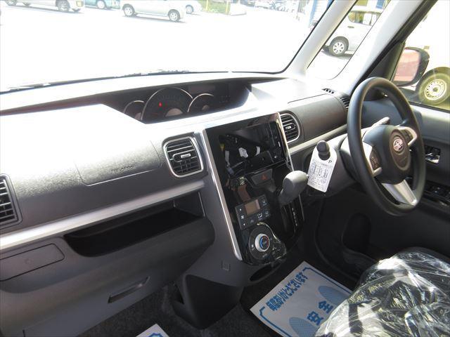 カスタムR4WD スマートアシスト ピラーレス スライドドア(12枚目)