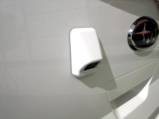 F 4WD バックカメラ キーレス アイドリングストップ(6枚目)