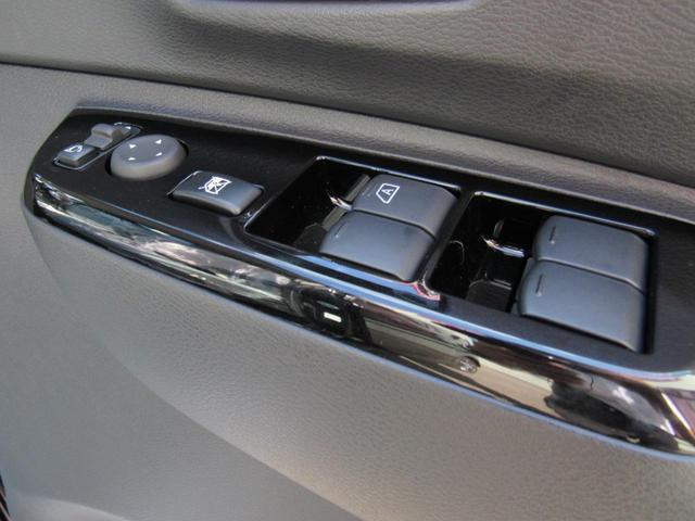 G 4WD プッシュスタート 電動格納ミラー 後席片側電動スライドドア 衝突軽減ブレーキ(17枚目)