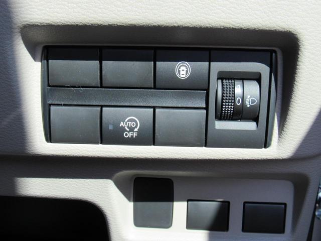 S 4WD キーレスエントリー シートヒーター 電動格納ミラー 後席両側スライドドア 衝突軽減ブレーキ(20枚目)