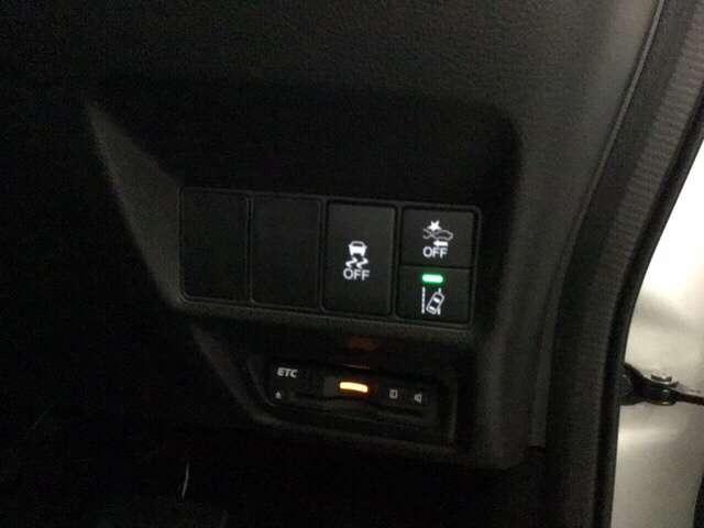 スパーダ ホンダセンシング 大型ルーフモニター付き 純正メモリーナビ AW 横滑り防止装置 ナビTV オートエアコン Bカメ 1オーナー 禁煙 LEDライト クルコン キーレス ETC フルセグ メモリーナビ スマートキー CD(11枚目)