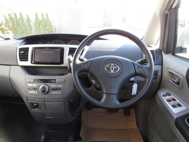 トヨタ ヴォクシー Z 煌II 4WD 社外ナビ フルセグTV バックカメラ