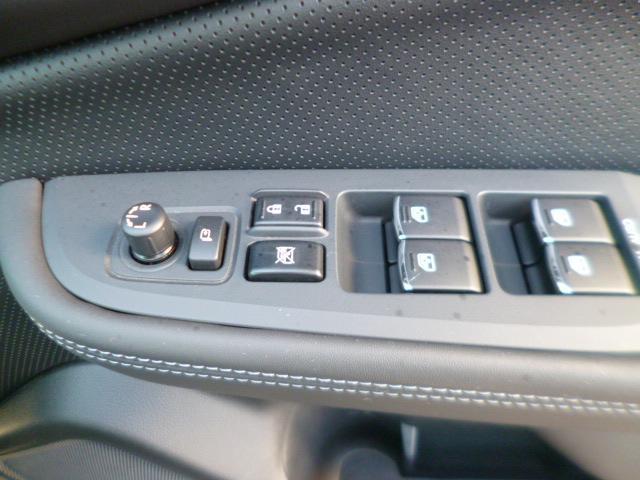 スバル レガシィB4 Limited EyeSight搭載車 ビルトインナビ付
