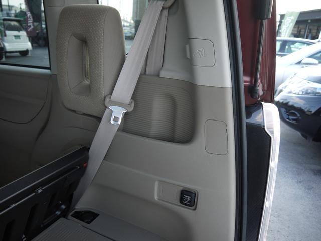 G・Lパッケージ スローパー 4WD 福祉車両 G・Lパッケージ 車いす仕様車 電動ウインチ リモコンウインチ プッシュスタート スマートキー オートエアコン プラズマクラスター(24枚目)