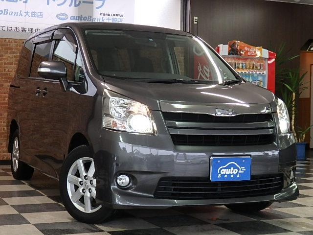 トヨタ ノア Si 切替式4WD ワンオーナー 禁煙車