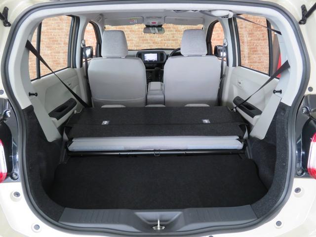 X S 4WD スマートエントリー スマートアシストIII カロッツェリアナビ地デジフルセグ 寒冷地仕様 プッシュスタート スマートキー シートヒーター 修復歴無し 禁煙車(19枚目)