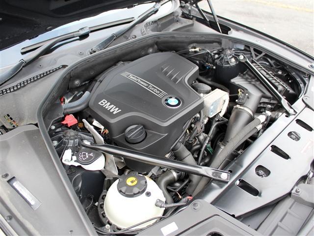 BMW BMW 523iツーリング ラグジュアリー