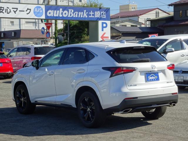 土崎店では輸入車メインで様々な車種をご用意しておりますが、本店のオートバンク大曲店では、国産車をメインで取り扱っておりますのでお気軽にお問合せください。