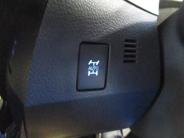 ボディ・タイヤはもちろん、エンジンルームまで積極的にクリーニング仕上げしております。
