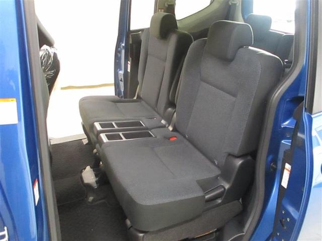 X Vパッケージ 4WD CDチューナー キーレス 3列シート 社外アルミ(7枚目)