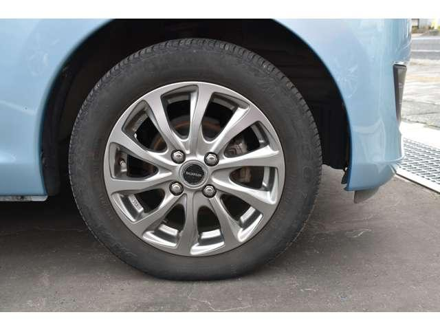 M 夏タイヤ4本新品交換 運転席シートヒーター ハロゲンライト タッチパネル式フルオートエアコン SDナビ ワンセグ アイドリングストップ(14枚目)
