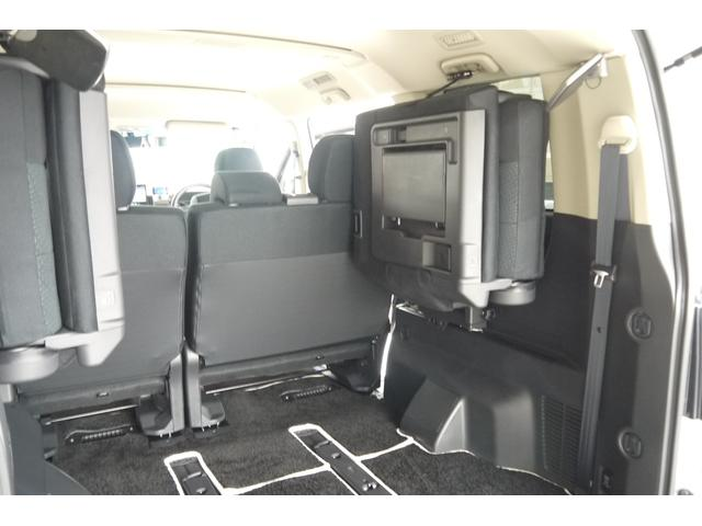 D パワーパッケージ 2.2リッター ディーゼルターボ 4WD 両側電動スライドドア HIDヘッドランプ 8人乗り(26枚目)