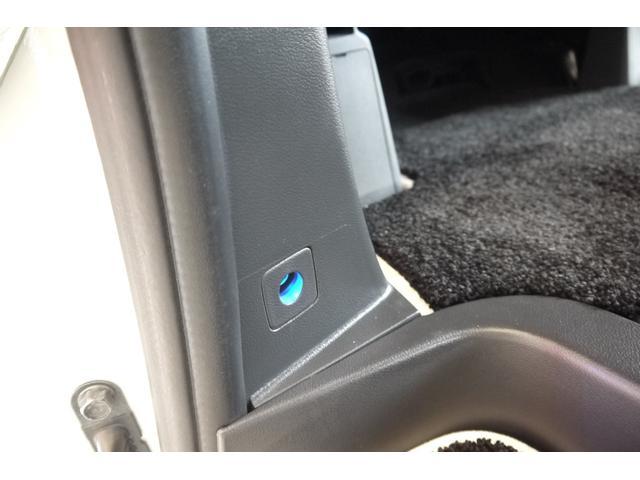 D パワーパッケージ 2.2リッター ディーゼルターボ 4WD 両側電動スライドドア HIDヘッドランプ 8人乗り(33枚目)