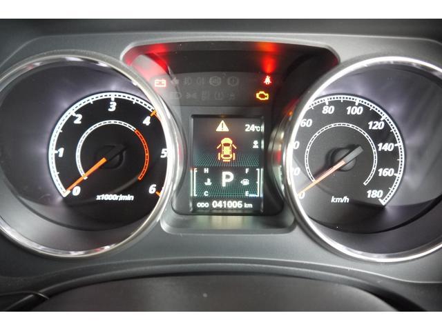 D パワーパッケージ 2.2リッター ディーゼルターボ 4WD 両側電動スライドドア HIDヘッドランプ 8人乗り(35枚目)