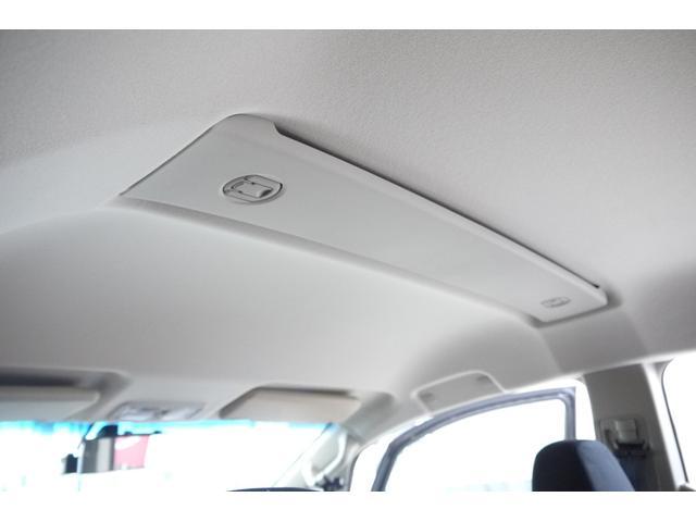 D パワーパッケージ 2.2リッター ディーゼルターボ 4WD 両側電動スライドドア HIDヘッドランプ 8人乗り(36枚目)