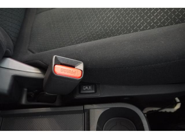 D パワーパッケージ 2.2リッター ディーゼルターボ 4WD 両側電動スライドドア HIDヘッドランプ 8人乗り(53枚目)