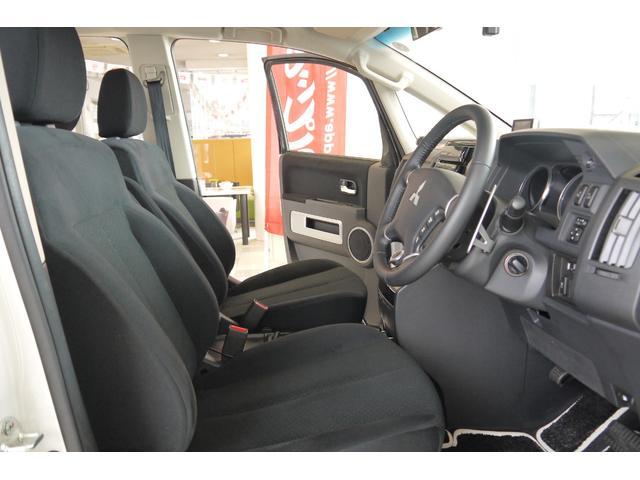 D パワーパッケージ 2.2リッター ディーゼルターボ 4WD 両側電動スライドドア HIDヘッドランプ 8人乗り(58枚目)