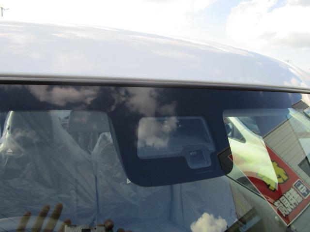 ハイブリッドX 4WD スズキセーフティサポート 両側パワースライドドア 届出済未使用車 ・新生活応援キャンペーン・純正フロアマット&純正ドアバイザー プレゼント(16枚目)