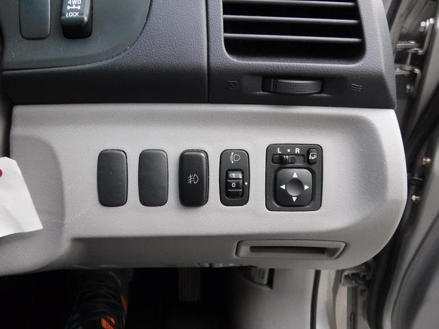 三菱 グランディス リミテッドナビエディション 4WD HDDナビ