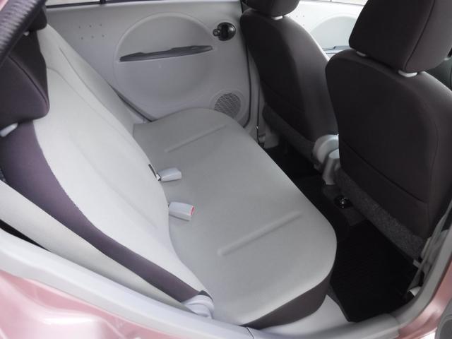 ブルームエディション 4WD スマートキー CD 電格ミラー 運・助手席エアバッグ(10枚目)