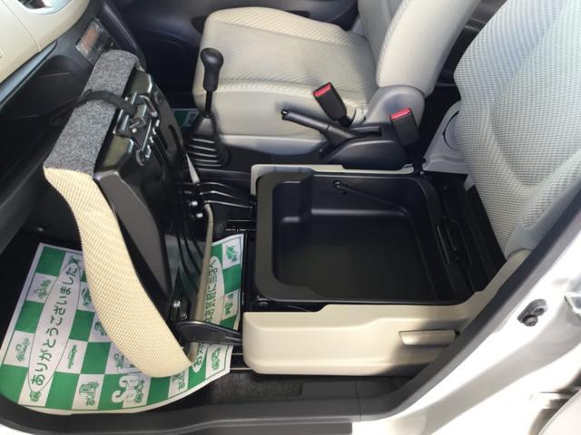 FX 4WD 5速マニュアル車 CDチューナー(15枚目)