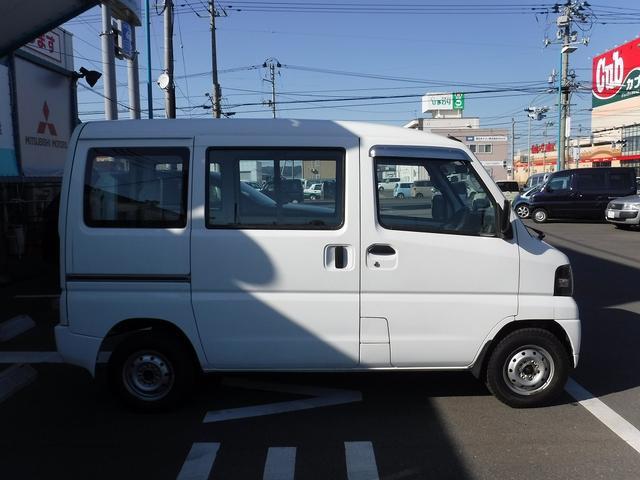 三菱 ミニキャブバン 車いす移動車 4WD