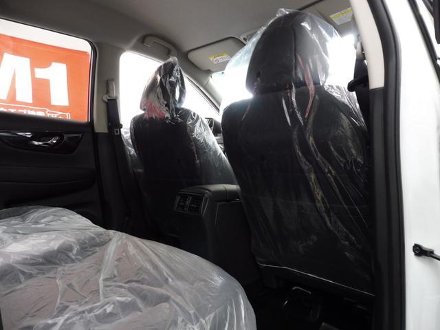 20Xi 4WD 登録済未使用車 社外新品ナビフルセグ付(11枚目)