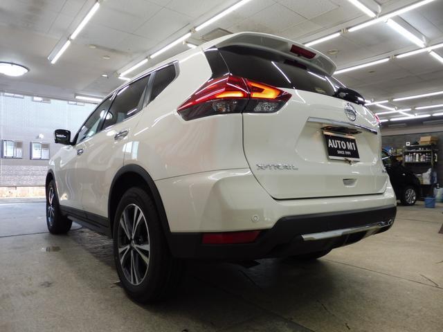 20Xi 4WD 登録済未使用車 社外新品ナビフルセグ付(4枚目)