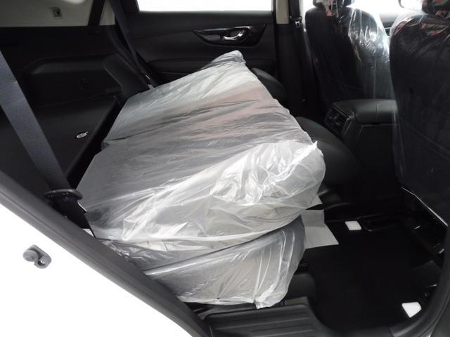 20Xi 4WD 登録済未使用車 社外新品ナビフルセグ付(13枚目)