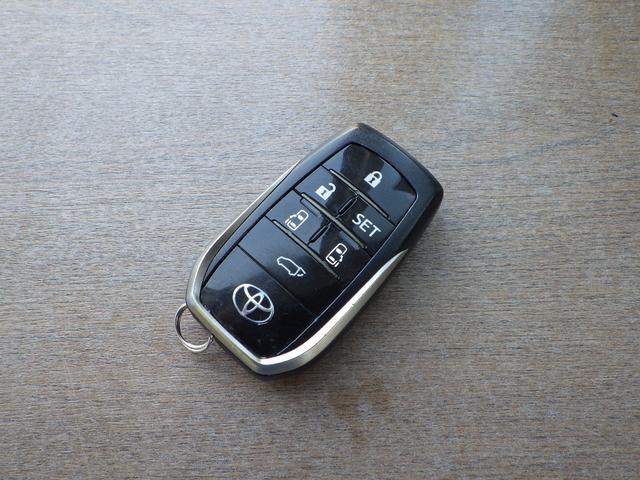 エグゼクティブラウンジZ 4WD 1オナ禁煙車 サンルーフ(67枚目)