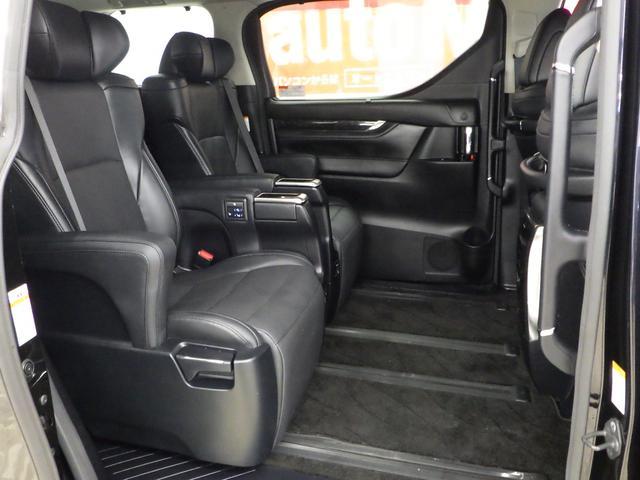 ZR Gエディション 4WD ワンオーナー車 サンルーフ 黒革エアーシート アルパイン11インチナビフルセグ&フリップダウンモニター バックカメラ 両側パワースライドドア パワーバックドア トヨタセーフティセンス(12枚目)