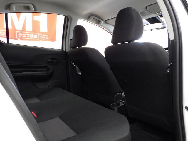 Sスタイルブラック 禁煙車 社外ナビフルセグ パノラミックビューモニター ETC 横滑り防止 トヨタセーフティセンス LEDヘッドライト クリアランスソナー プッシュスタート(11枚目)