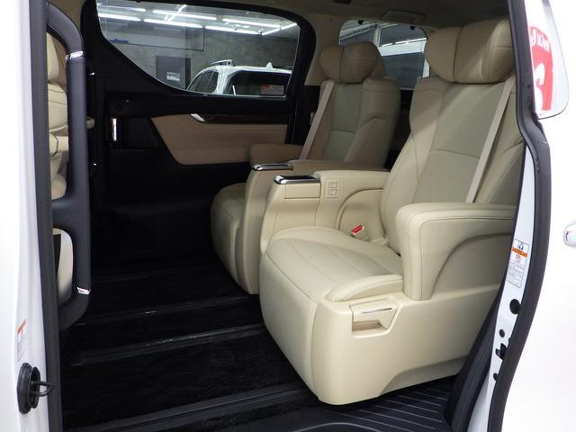 G Fパッケージ 4WD ワンオーナー車 メーカーOP10.5インチナビフルセグ リヤエンターテイメントシステム パノラミックビューモニター ベージュ革エアーシート 3眼ヘッドライト トヨタセーフティセンス(15枚目)