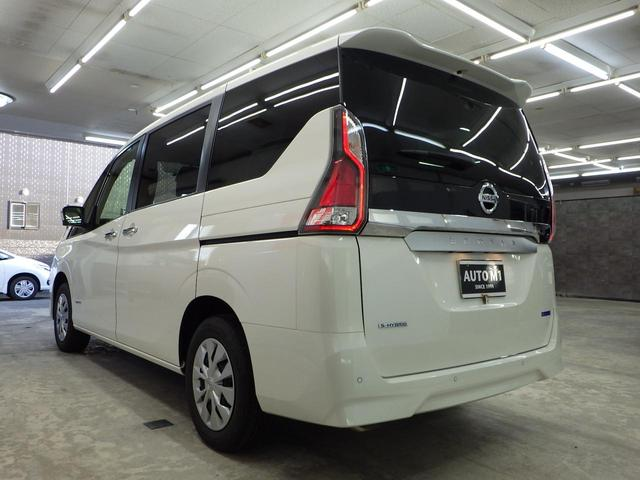 XV 4WD セーフティパックA 寒冷地仕様 1オーナー禁煙車 アラウンドビューモニター オートクルーズ BSM 横滑り防止 両側パワースライドドア エマージェンシーブレーキ 車線逸脱警報 オートハイビーム(9枚目)