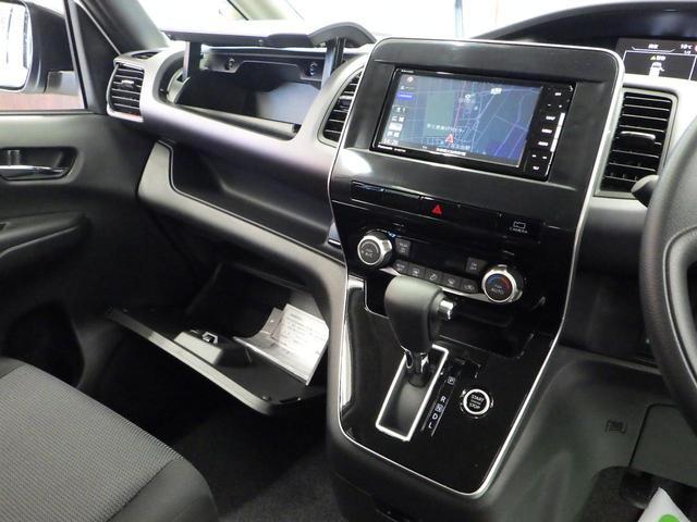 XV 4WD セーフティパックA 寒冷地仕様 1オーナー禁煙車 アラウンドビューモニター オートクルーズ BSM 横滑り防止 両側パワースライドドア エマージェンシーブレーキ 車線逸脱警報 オートハイビーム(31枚目)