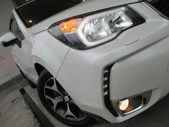 2.0XT ターボ 4WD 地デジSDナビ Bluetooth対応 バックカメラ シートヒーター パワーシート ハーフレザーシート パドルシフト スマートキー ミラーウィンカー クルーズコントロール HID ETC 純正18AW(8枚目)