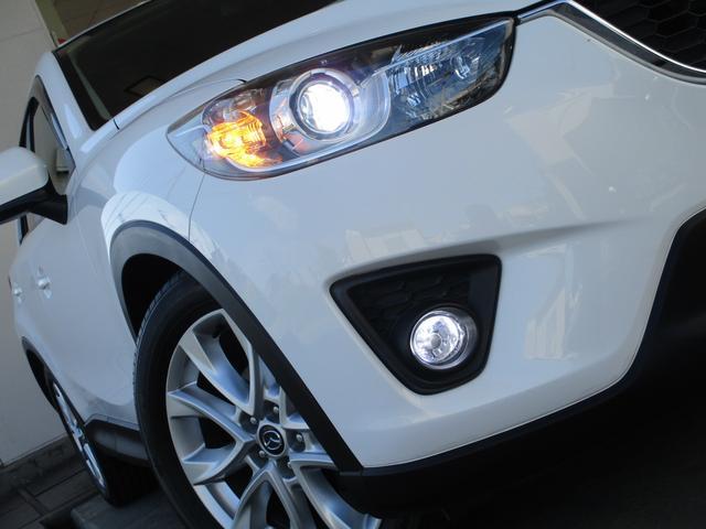 XD ディーゼルターボ 4WD 地デジメモリーナビ サイド&バックカメラ スマートキー アイドリングストップ パドルシフト クルーズコントロール HIDライト フォグランプ 純正19インチAW(8枚目)