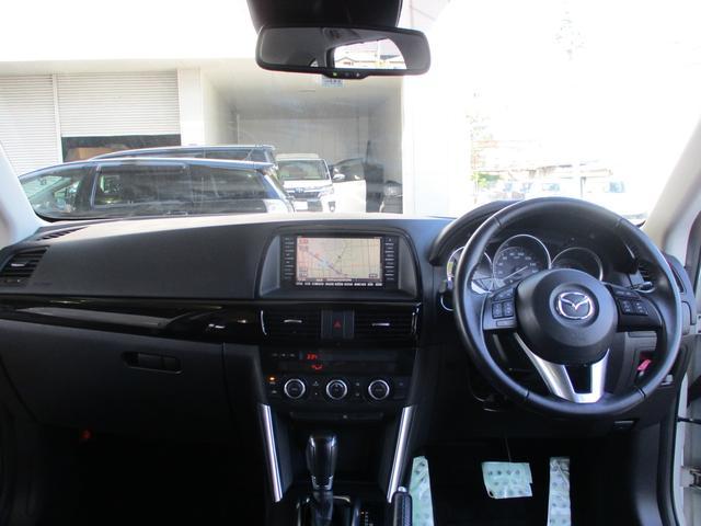 XD ディーゼルターボ 4WD 地デジメモリーナビ サイド&バックカメラ スマートキー アイドリングストップ パドルシフト クルーズコントロール HIDライト フォグランプ 純正19インチAW(12枚目)