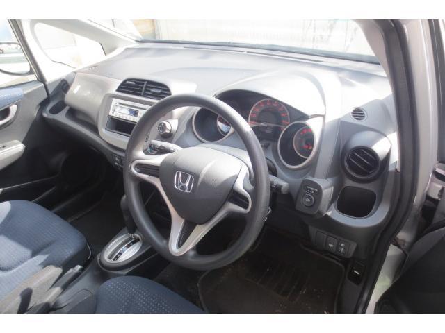 ホンダ フィット G 4WD タイミングチェーン CD ABS キーレス