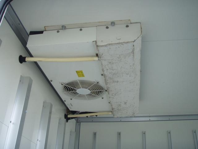 フルジャストロー 2t 冷凍冷蔵車 -7度 スタンバイ付き(14枚目)