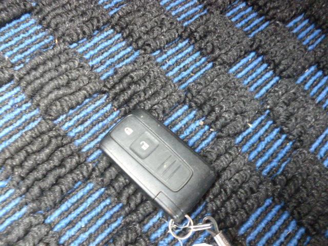 RSリミテッド4WD 7速アクティブシフト キーフリー(8枚目)