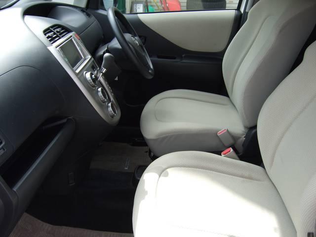 トヨタ ラクティス X 4WD 記録簿 禁煙車 ナビ クリアテール コンパクト車