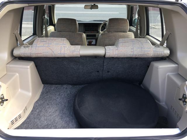 日産 ラシーン タイプI 4WD